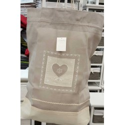 sac à linge brodé